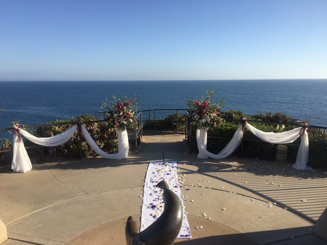 crescentbaypark_lagunabeach_weddingceremony_setup